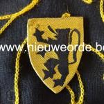 d. Duitse makelij (BeVo Wuppertal) Vlaams Legioen. (Ook gebruikt door Vlaamse HJ en NSKK).