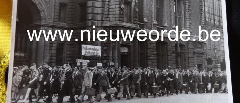 Vertrek van Vlaamse vrijwilligers voor het Vlaams Legioen